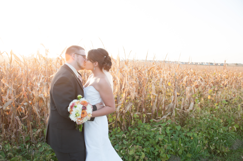 Elite Photo's Emerson Creek Wedding - Featured on Be U Weddings